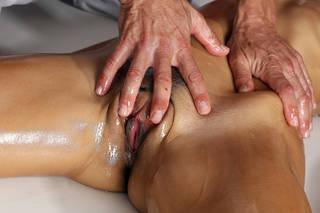 Fotos del primer del masaje del vaginal.