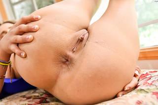 Rasato foto primo piano vagina.